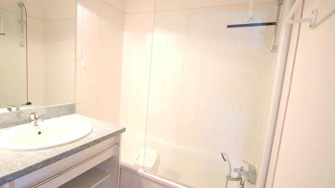 Location au ski Appartement 3 pièces 6 personnes (C202) - Résidence Parc aux Etoiles - Puy-Saint-Vincent - Baignoire
