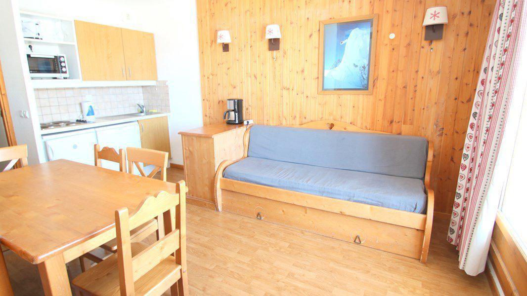 Location au ski Appartement 3 pièces 6 personnes (C202) - Résidence Parc aux Etoiles - Puy-Saint-Vincent - Canapé-gigogne