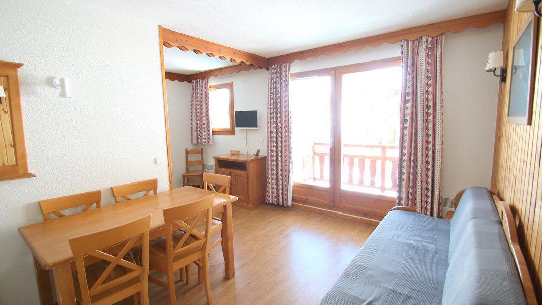 Location au ski Appartement 3 pièces 6 personnes (C305) - Résidence Parc aux Etoiles - Puy-Saint-Vincent - Canapé-gigogne