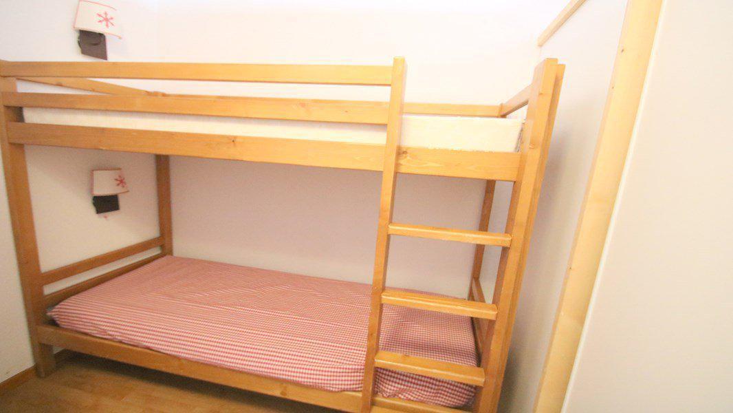 Location au ski Appartement 3 pièces 6 personnes (C305) - Résidence Parc aux Etoiles - Puy-Saint-Vincent - Lits superposés