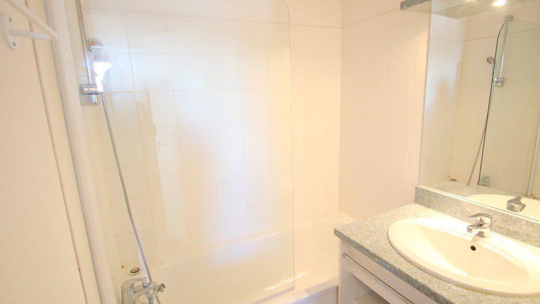 Location au ski Appartement 3 pièces 6 personnes (C310) - Résidence Parc aux Etoiles - Puy-Saint-Vincent - Baignoire