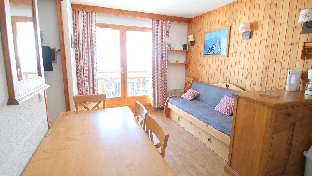Location au ski Appartement 3 pièces 6 personnes (C310) - Résidence Parc aux Etoiles - Puy-Saint-Vincent - Canapé-gigogne