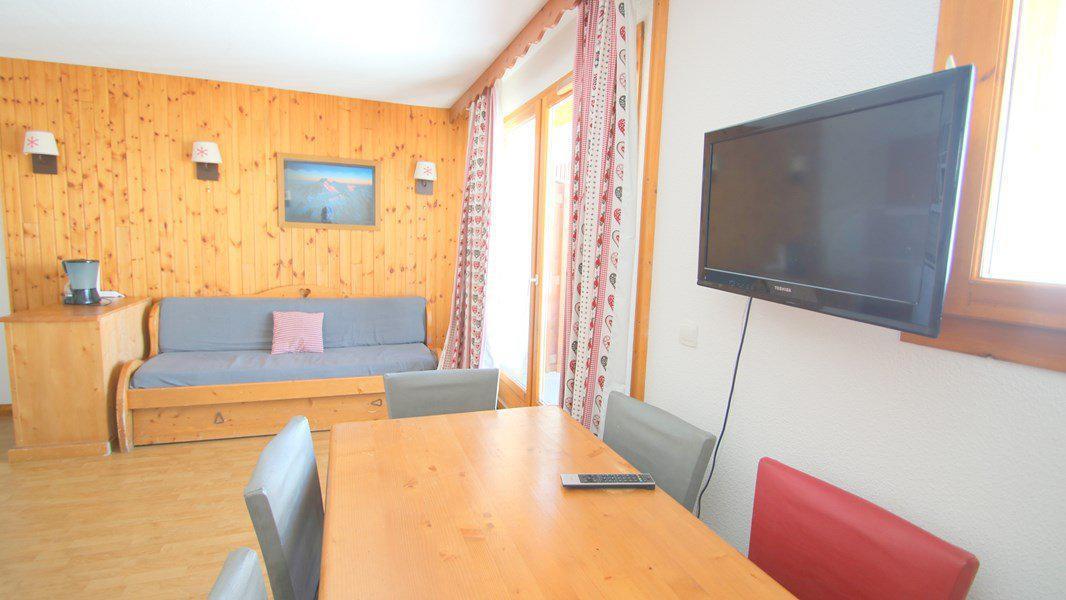 Location au ski Appartement 3 pièces 6 personnes (C313) - Résidence Parc aux Etoiles - Puy-Saint-Vincent - Canapé-gigogne