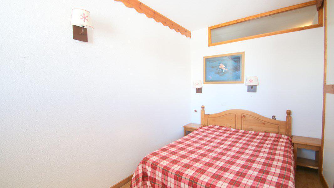 Location au ski Appartement 3 pièces 6 personnes (C313) - Résidence Parc aux Etoiles - Puy-Saint-Vincent - Lit double