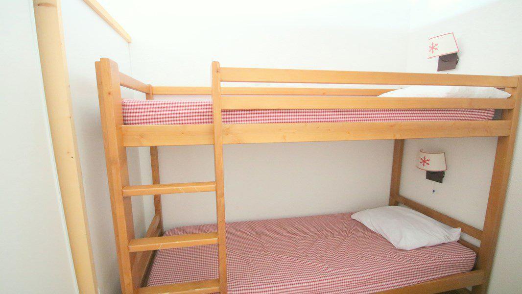 Location au ski Appartement 3 pièces 6 personnes (C313) - Résidence Parc aux Etoiles - Puy-Saint-Vincent - Lits superposés