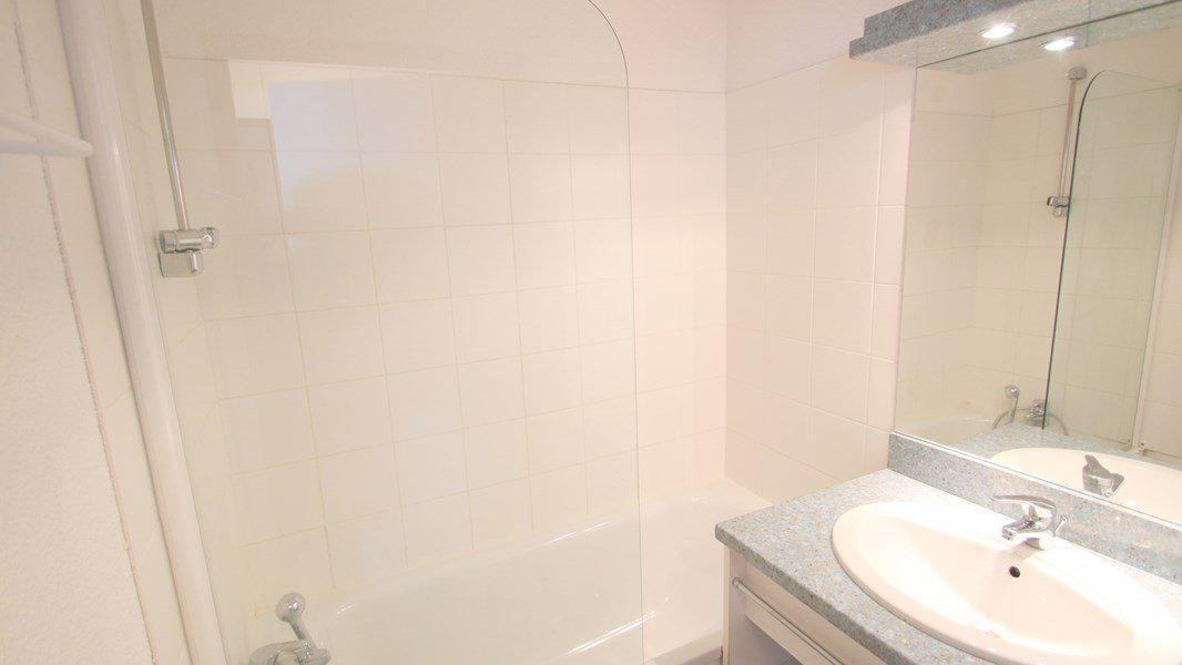 Location au ski Appartement 3 pièces 6 personnes (C314) - Résidence Parc aux Etoiles - Puy-Saint-Vincent - Baignoire