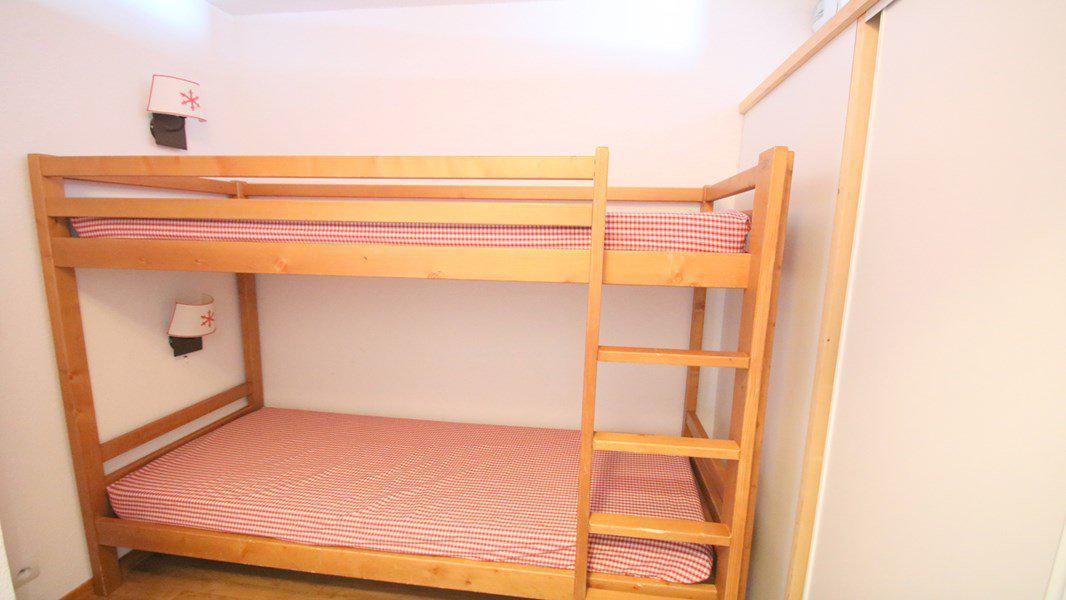 Location au ski Appartement 3 pièces 6 personnes (C314) - Résidence Parc aux Etoiles - Puy-Saint-Vincent - Lits superposés
