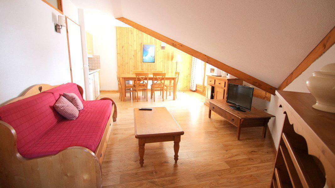 Location au ski Appartement 3 pièces 6 personnes (C503) - Résidence Parc aux Etoiles - Puy-Saint-Vincent - Canapé-gigogne