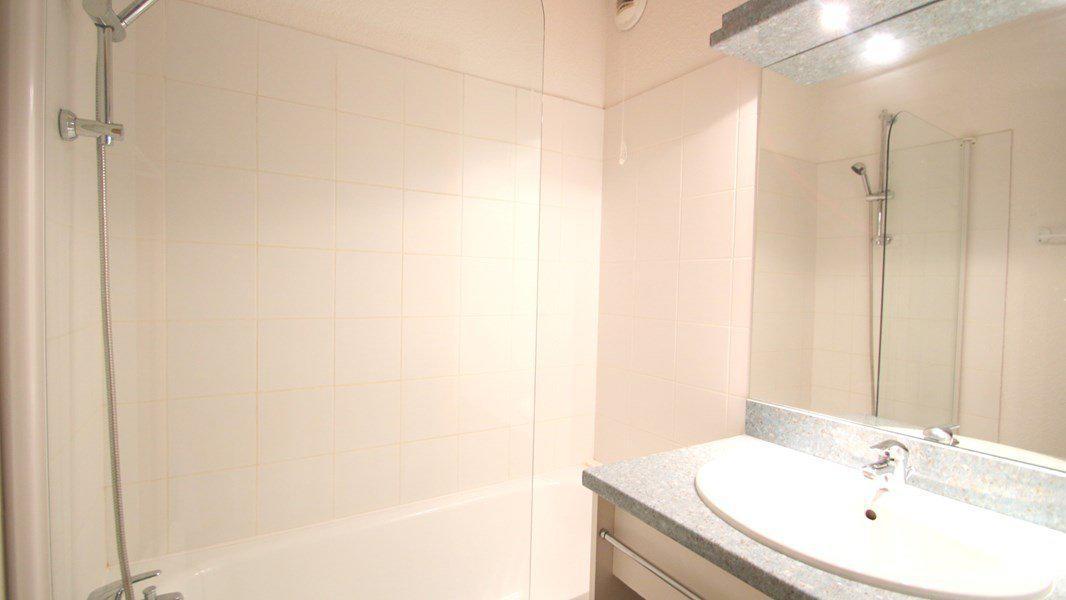 Location au ski Appartement duplex 3 pièces 7 personnes (CH07) - Résidence Parc aux Etoiles - Puy-Saint-Vincent - Salle de bains