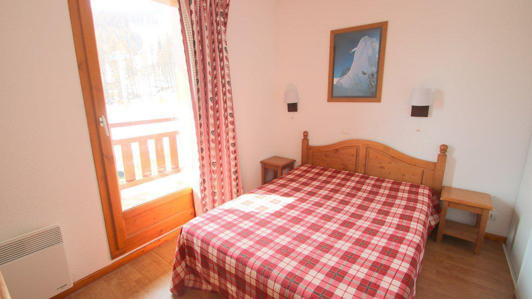 Location au ski Appartement duplex 3 pièces 7 personnes (CH12) - Résidence Parc aux Etoiles - Puy-Saint-Vincent - Lit double