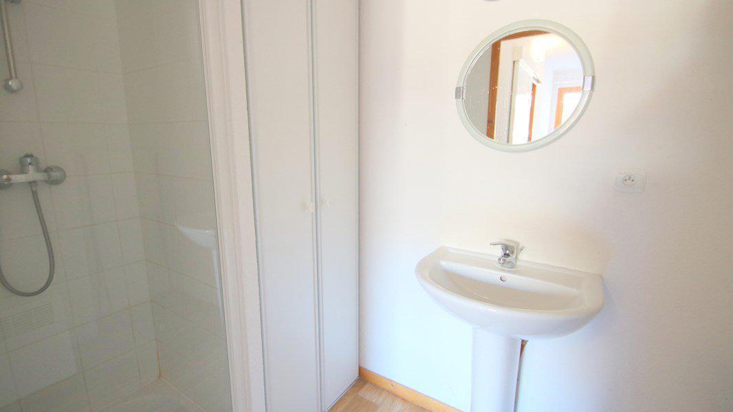 Location au ski Appartement triplex 5 pièces 8 personnes (CH25) - Résidence Parc aux Etoiles - Puy-Saint-Vincent - Douche