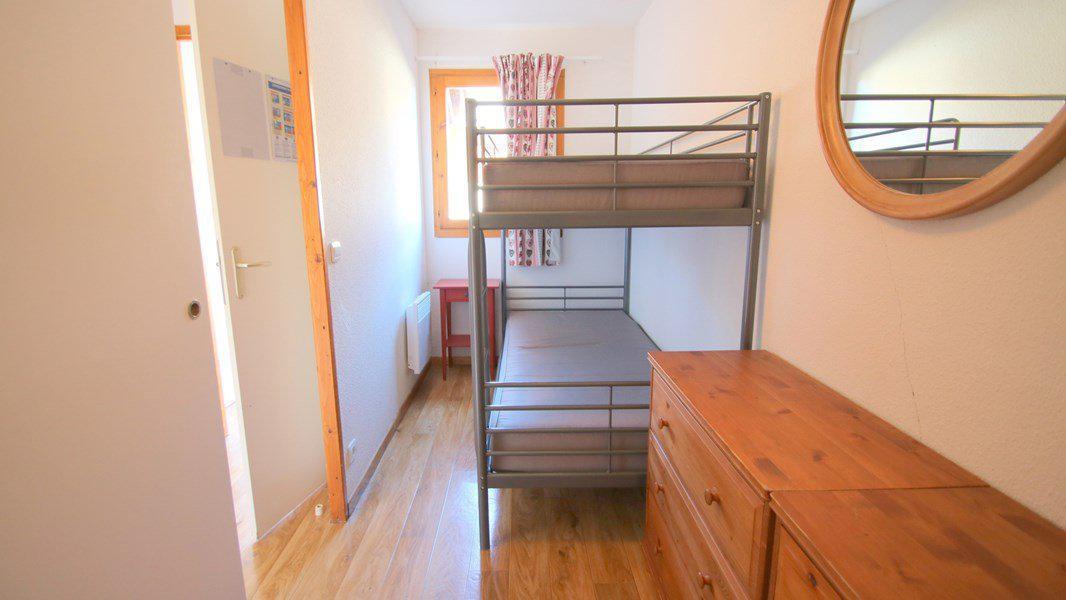 Location au ski Appartement triplex 5 pièces 8 personnes (CH25) - Résidence Parc aux Etoiles - Puy-Saint-Vincent - Lits superposés
