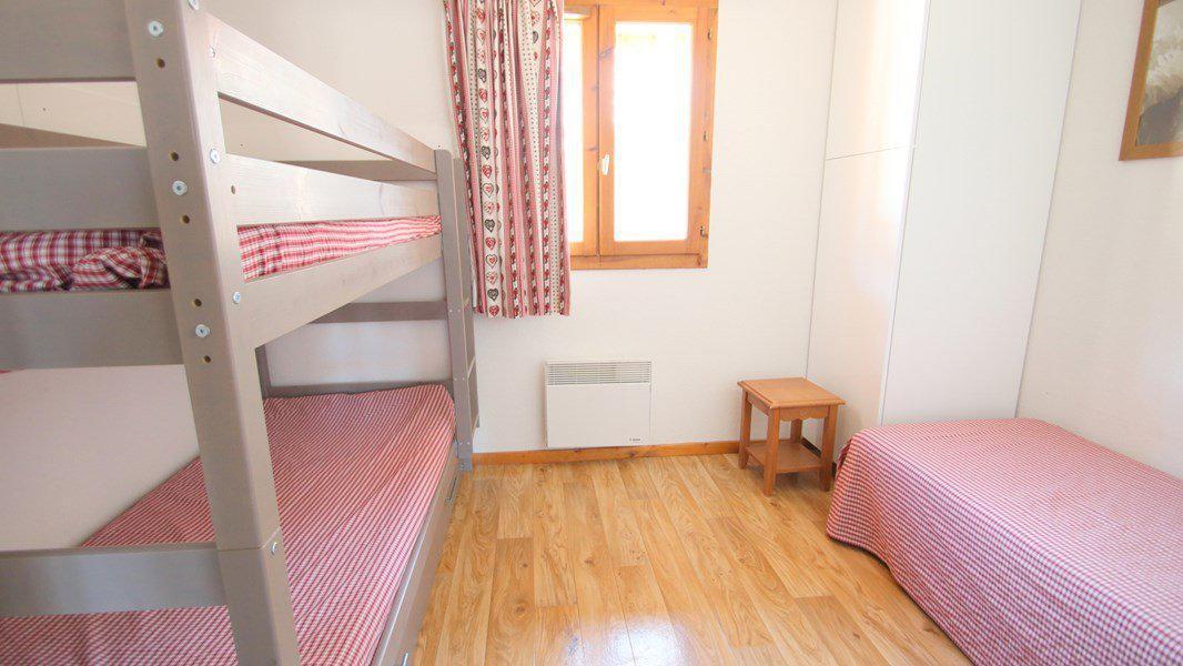 Location au ski Appartement triplex 5 pièces 8 personnes (CH27) - Résidence Parc aux Etoiles - Puy-Saint-Vincent - Chambre