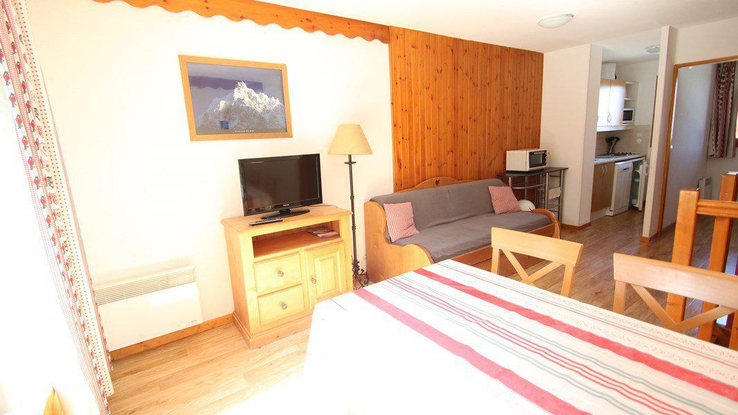 Location au ski Appartement triplex 5 pièces 8 personnes (CH33) - Résidence Parc aux Etoiles - Puy-Saint-Vincent - Table