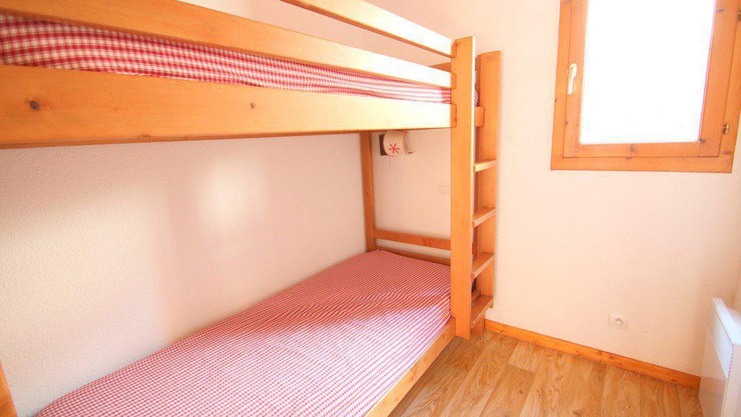 Location au ski Appartement triplex 5 pièces 8 personnes (CH38) - Résidence Parc aux Etoiles - Puy-Saint-Vincent - Lits superposés