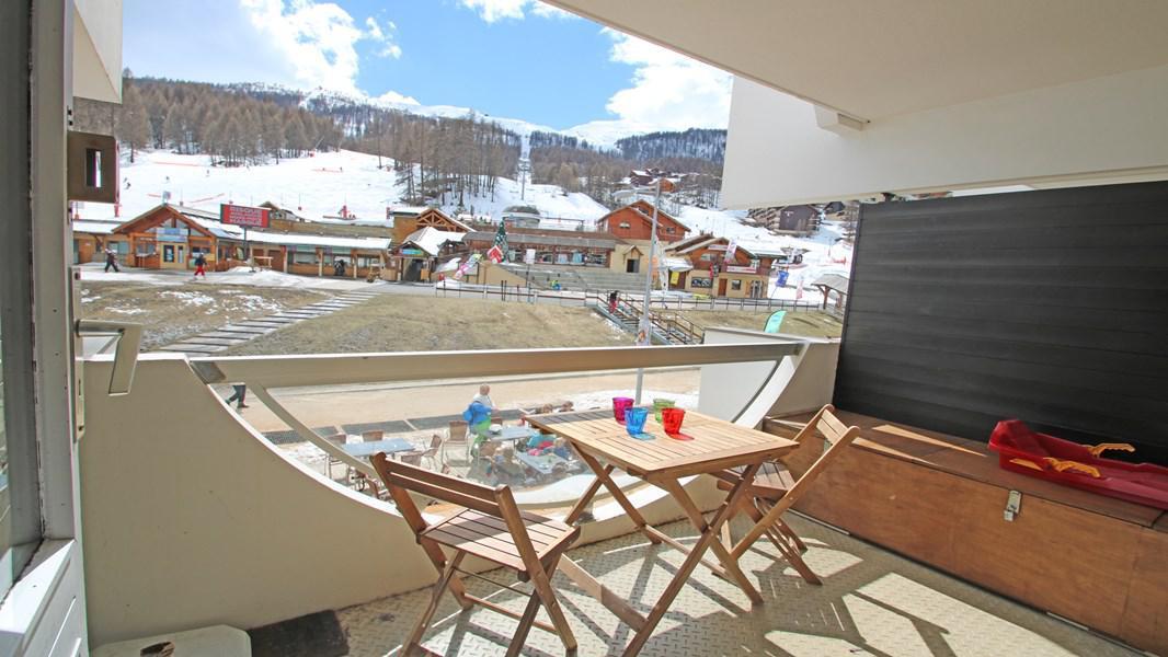 Location au ski Studio coin montagne 4 personnes (110) - Résidence Sapporo - Puy-Saint-Vincent - Balcon