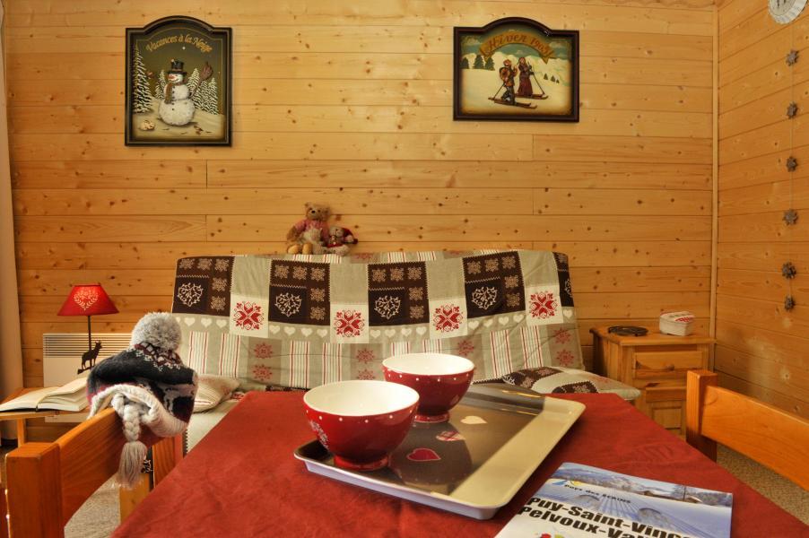 Location au ski Résidences Puy St Vincent 1600 - Puy-Saint-Vincent - Table