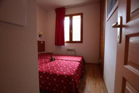 Rent in ski resort 2 room apartment 4 people (A301) - La Résidence le Hameau des Ecrins - Puy-Saint-Vincent
