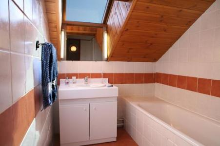 Location au ski Appartement 3 pièces 6 personnes - Les Chalets Puy Saint Vincent - Puy-Saint-Vincent - Meuble vasque