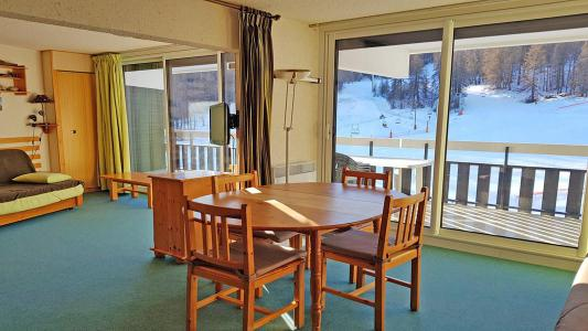 Rent in ski resort 2 room apartment sleeping corner 6 people (1206) - Résidence Cortina 1 - Puy-Saint-Vincent - Living room