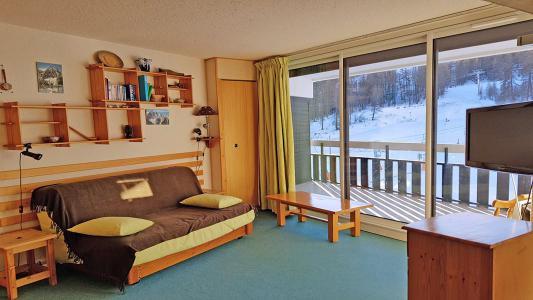 Rent in ski resort 2 room apartment sleeping corner 6 people (1206) - Résidence Cortina 1 - Puy-Saint-Vincent - Sofa bed