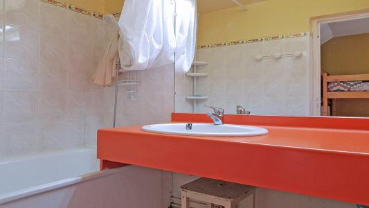 Rent in ski resort 3 room apartment 8 people (1002) - Résidence Cortina 1 - Puy-Saint-Vincent - Bath-tub