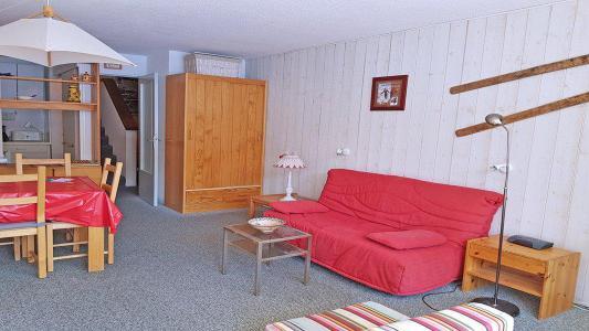 Rent in ski resort Studio 4 people (1009) - Résidence Cortina 1 - Puy-Saint-Vincent - Sofa bed