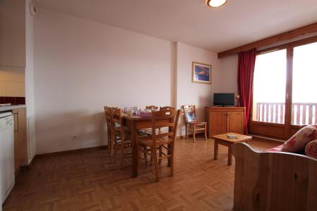 Rent in ski resort 2 room apartment sleeping corner 6 people (B24) - Résidence des Gentianes - Puy-Saint-Vincent - Dining area