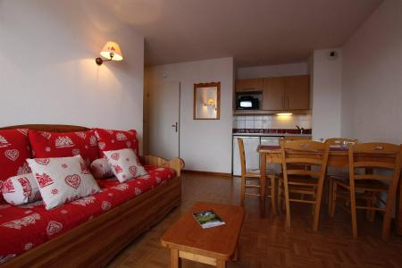 Rent in ski resort 2 room apartment sleeping corner 6 people (B24) - Résidence des Gentianes - Puy-Saint-Vincent - Settee