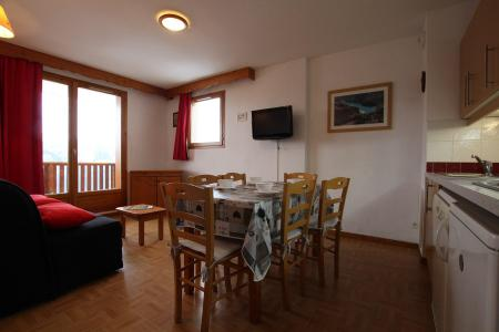 Rent in ski resort 2 room apartment sleeping corner 6 people (D25) - Résidence des Gentianes - Puy-Saint-Vincent - Dining area