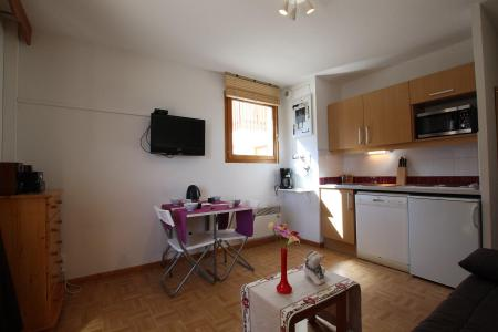 Rent in ski resort Studio 4 people (B17) - Résidence des Gentianes - Puy-Saint-Vincent