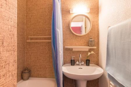 Location au ski Studio cabine 4 personnes (205) - Résidence les Ecrins - Puy-Saint-Vincent - Salle de bains