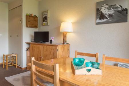 Location au ski Appartement 2 pièces 4 personnes (07) - Résidence les Eyssallarettes - Puy-Saint-Vincent - Table