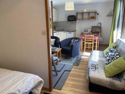 Location au ski Appartement 2 pièces coin montagne 5 personnes (06) - Résidence les Eyssallarettes - Puy-Saint-Vincent - Appartement