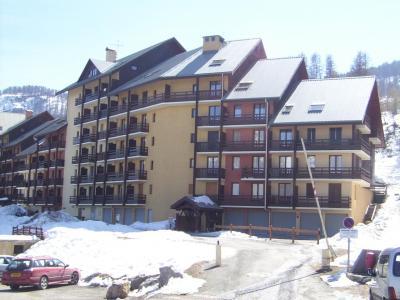 Location au ski Residence Saphir - Puy-Saint-Vincent - Extérieur hiver