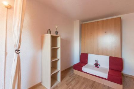 Location au ski Studio duplex 4 personnes (310) - Residence Saphir - Puy-Saint-Vincent - Chambre mansardée