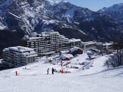 Rent in ski resort Studio sleeping corner 5 people (601) - Résidence St Moritz - Puy-Saint-Vincent - Winter outside