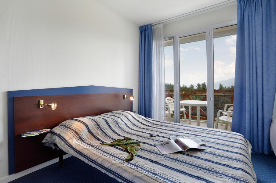 Location au ski Résidence Appart'Vacances Pyrenées 2000 - Pyrénées 2000 - Chambre