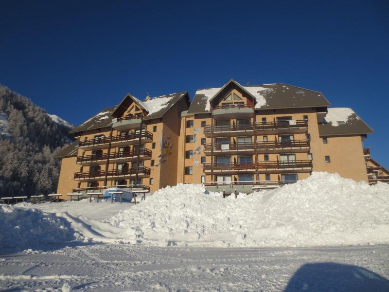Vacances en montagne Résidence la Gardette - Réallon - Extérieur hiver