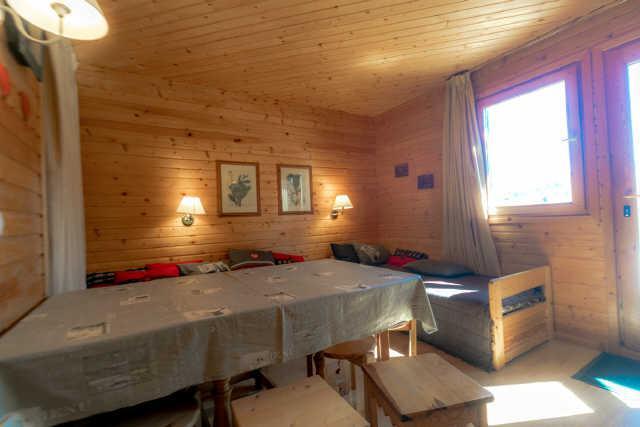 Location au ski Appartement 2 pièces mezzanine 6 personnes (17) - Chalet Les Pleiades - Risoul - Extérieur hiver