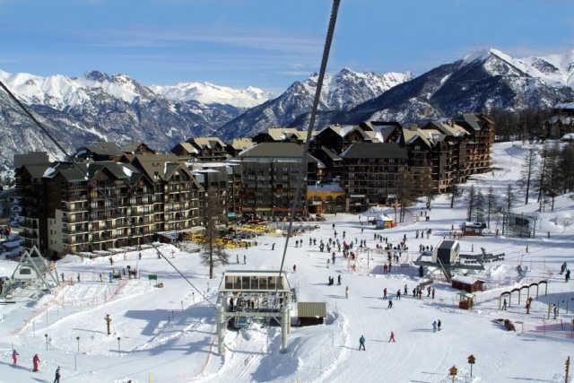 Location au ski Chalet Les Pleiades - Risoul - Extérieur hiver