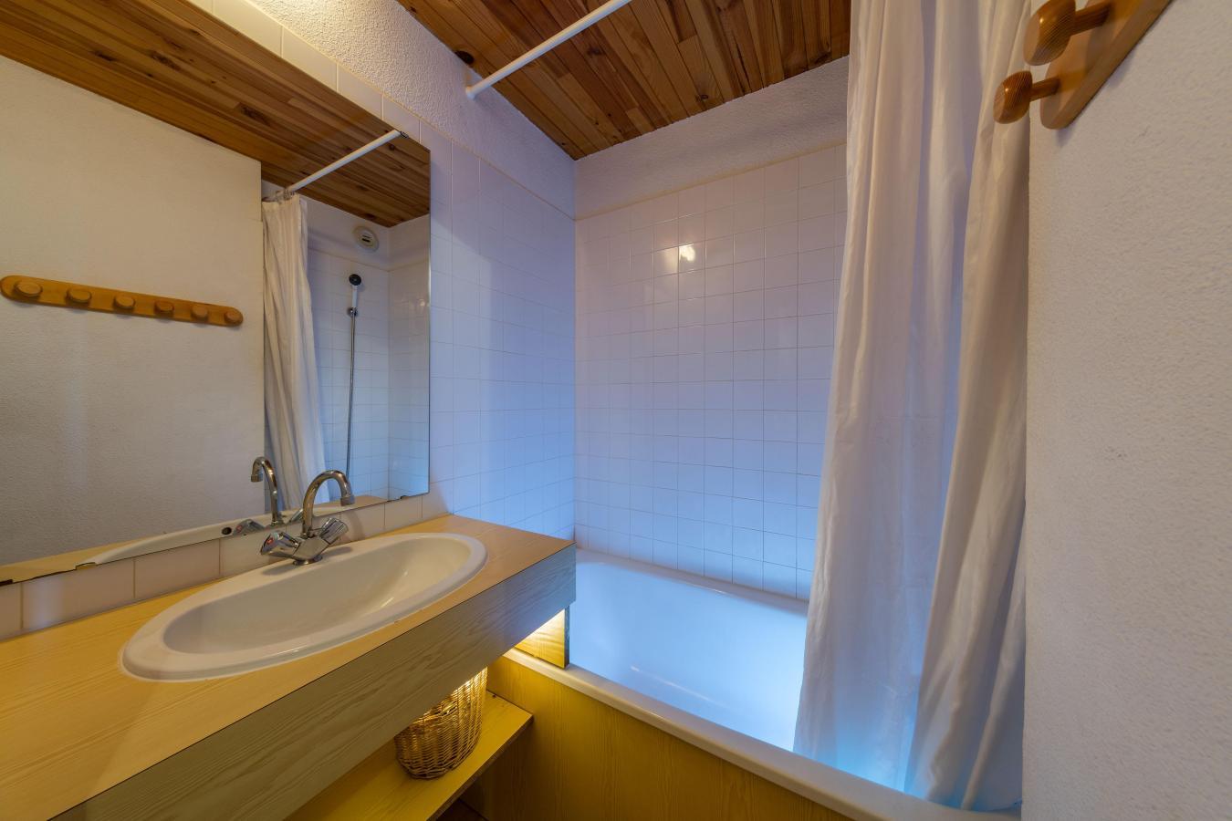Location au ski Residence Cassiopee - Risoul - Salle de bains
