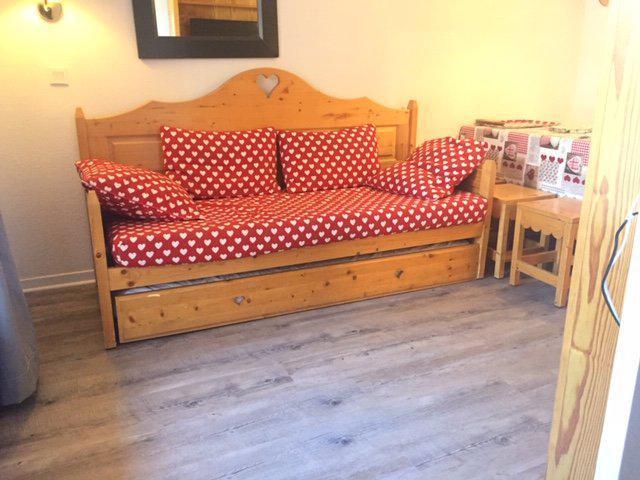 Rent in ski resort 2 room apartment sleeping corner 6 people (46) - La Résidence Bételgeuse - Risoul