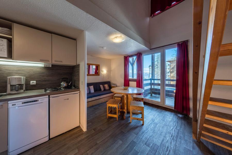 Rent in ski resort Résidence Castor et Pollux - Risoul - Kitchen