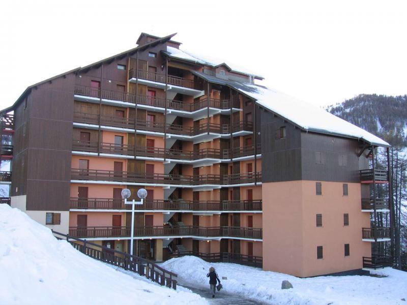Аренда на лыжном курорте Апартаменты 3 комнат 6 чел. (608) - Résidence le Belvédère - Risoul - зимой под открытым небом