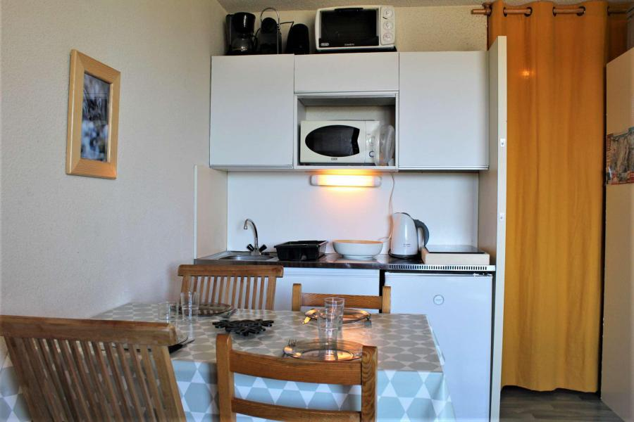 Аренда на лыжном курорте Квартира студия со спальней для 4 чел. (73C) - Résidence le Diamant - Risoul