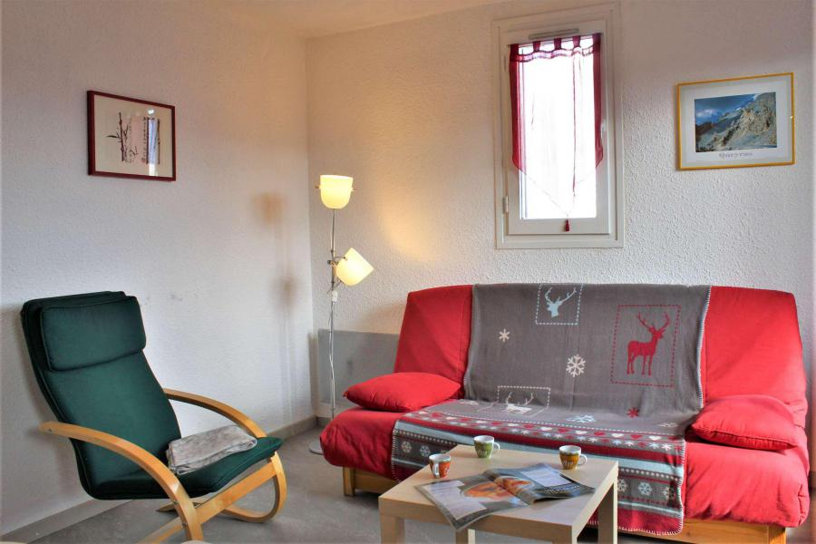 Rent in ski resort 2 room apartment sleeping corner 6 people (67A) - Résidence les Airelles A - Risoul - Kitchen
