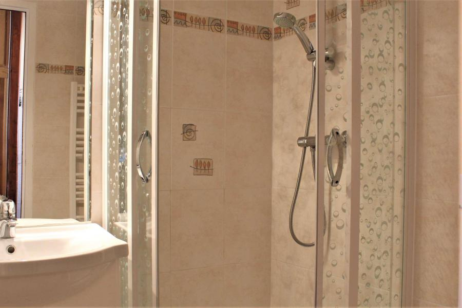 Location au ski Appartement 2 pièces 4 personnes (41II) - Résidence les Chabrières II - Risoul - Salle d'eau