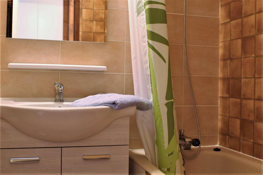 Location au ski Appartement duplex 3 pièces 6 personnes (61II) - Résidence les Chabrières II - Risoul - Salle de bains