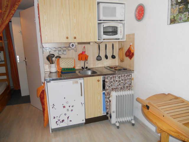Location au ski Studio coin montagne 3 personnes (013) - Residence Les Chamois - Risoul